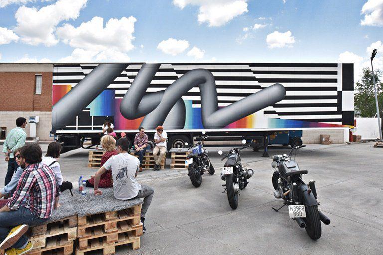 palibex-truck art project-feline pantone